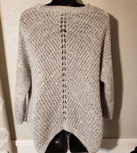 Forever 21 Sweaters - Forever 21 super cute super soft sz large sweater
